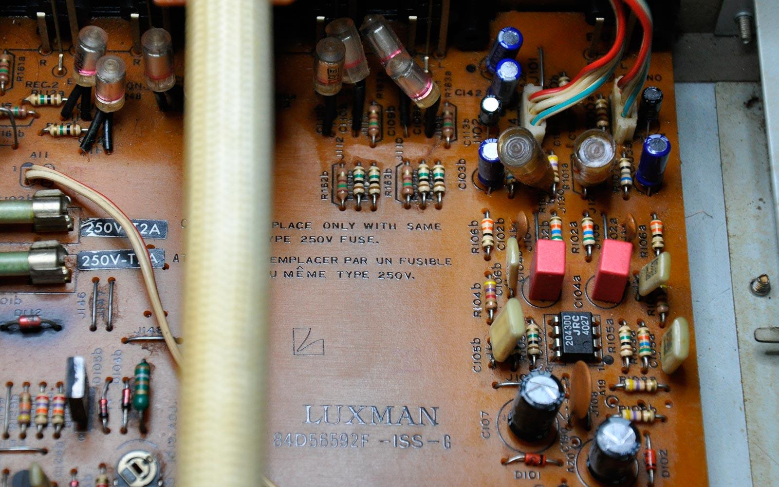Luxman L-230